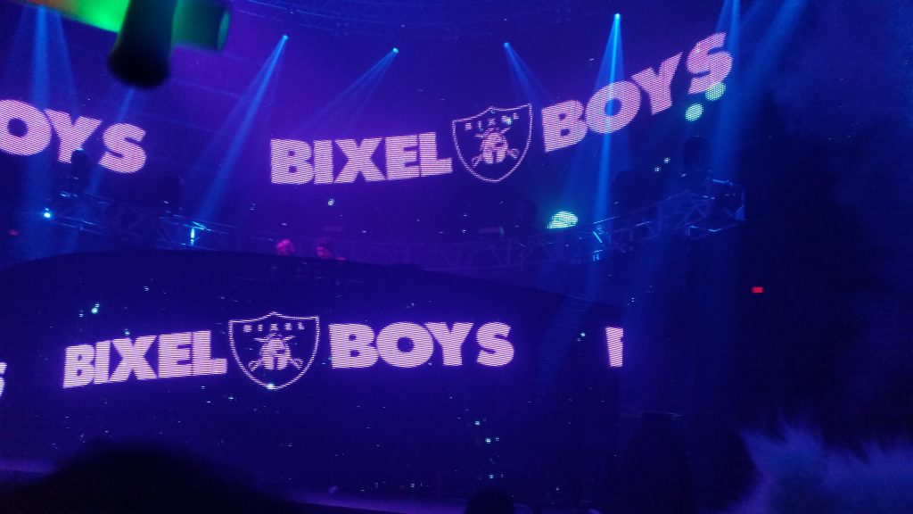 LED OMFG NYE 2016 Bixel Boys