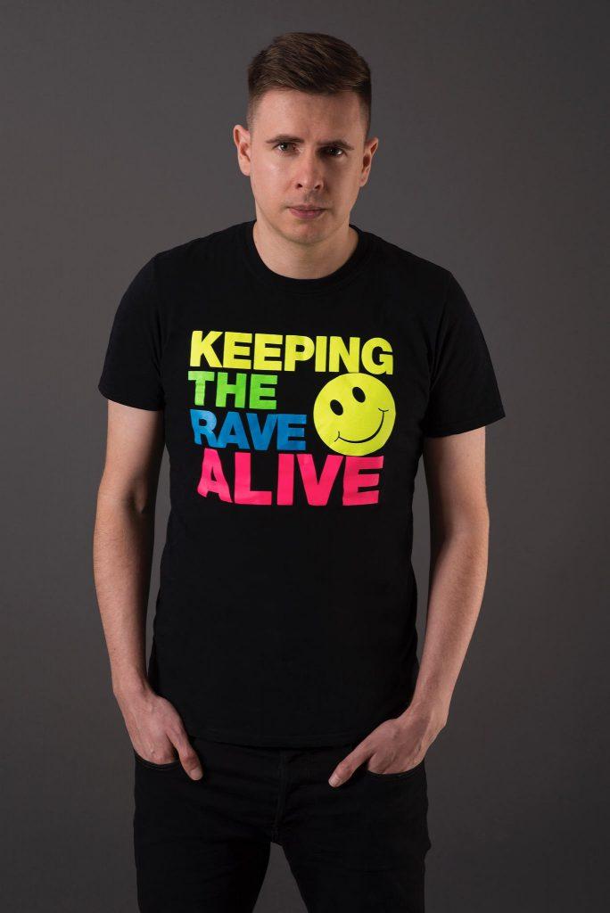 Kutski - Keeping The Rave Alive