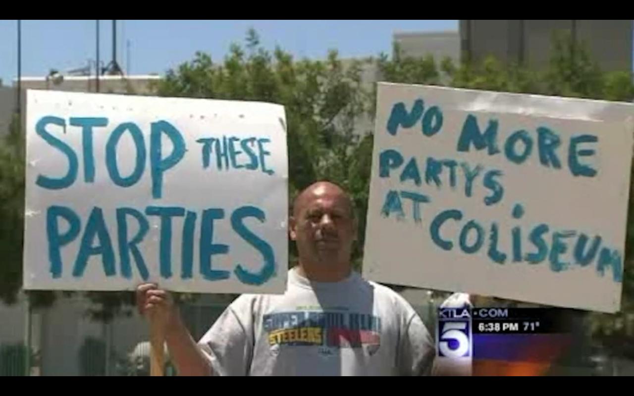 EDC LA 2010 Parent Protest