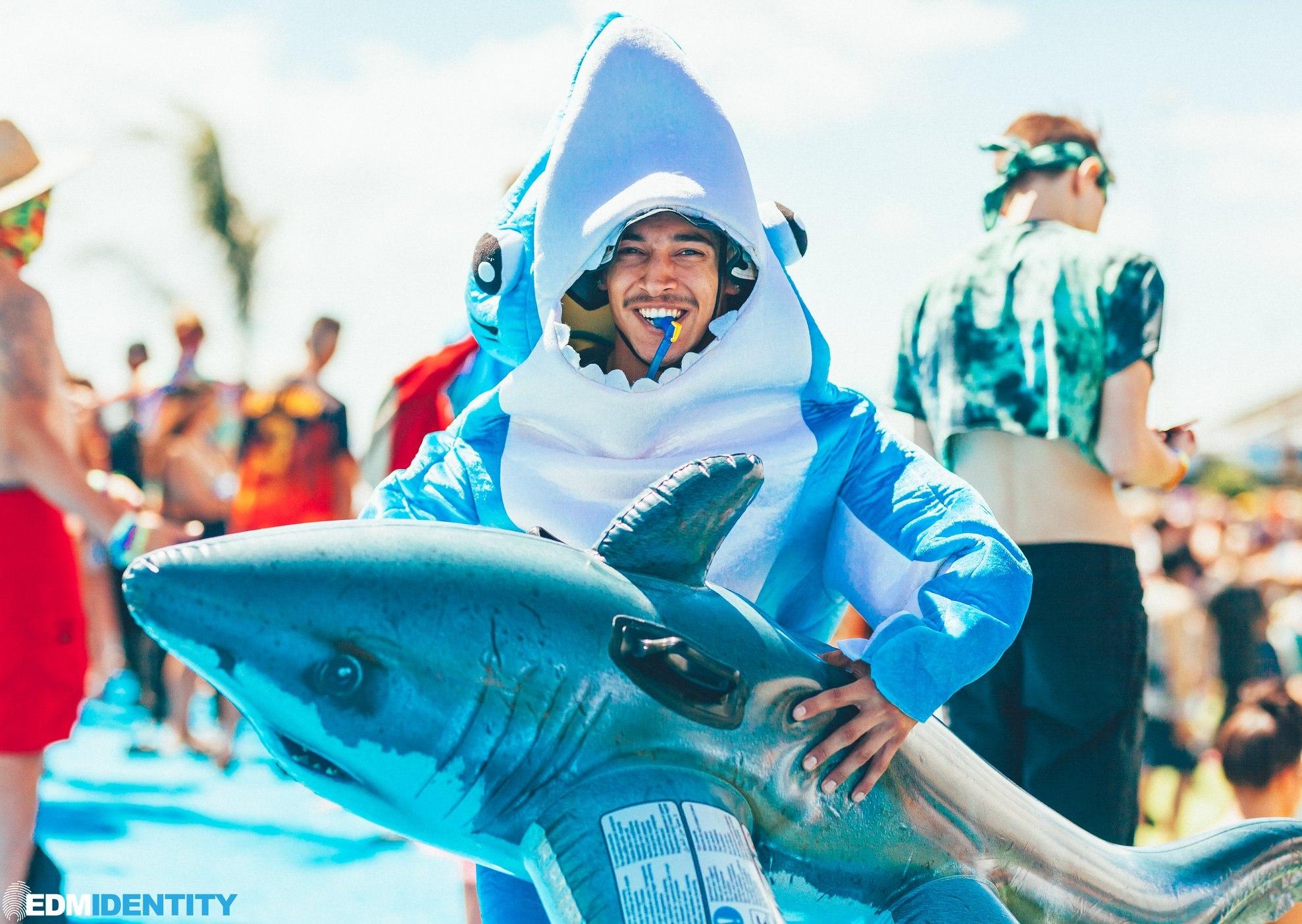 EDC Las Vegas 2019 Shark