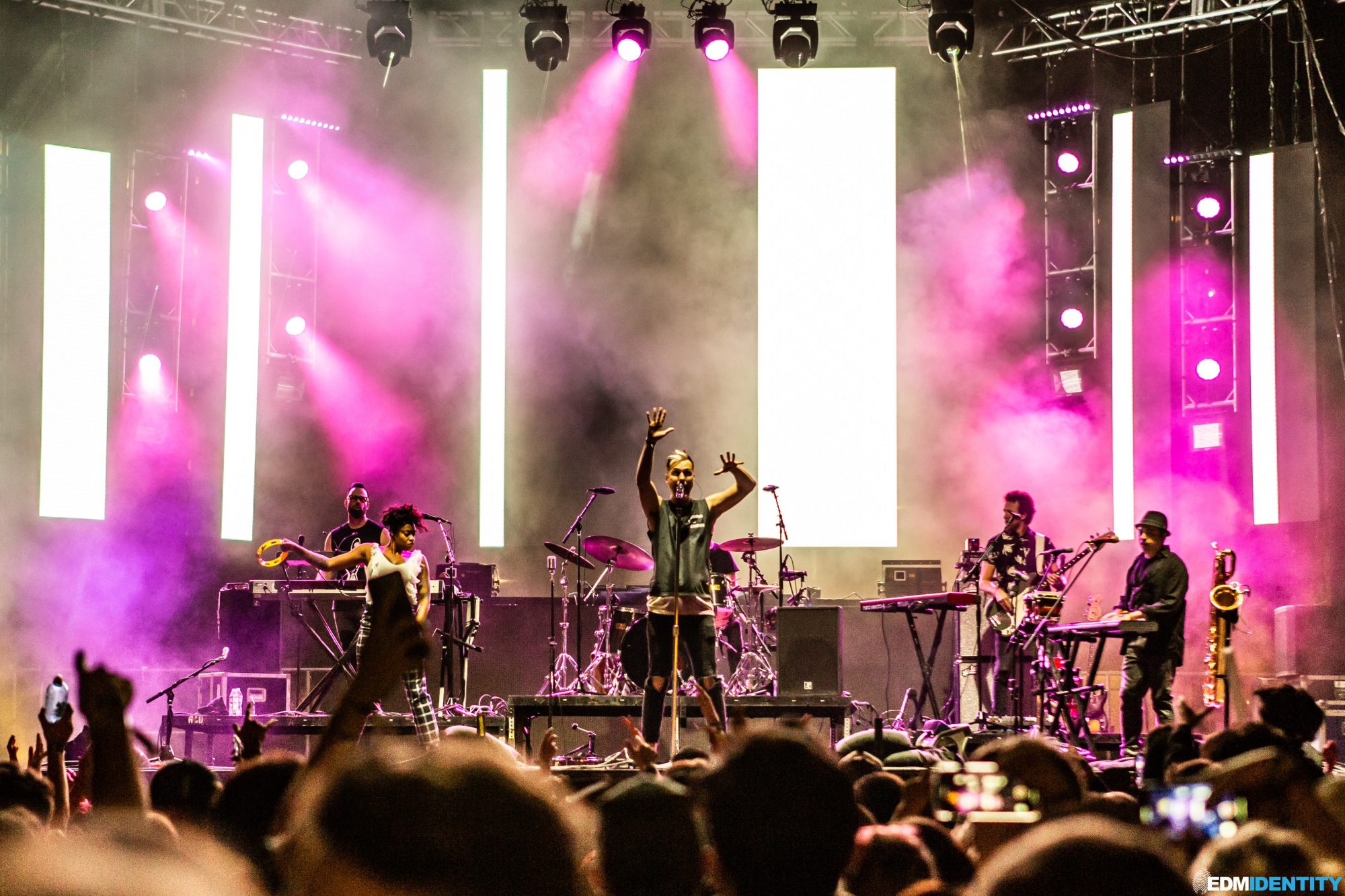 Fitz And The Tantrums at Dusk Music Festival 2019