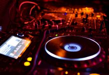 DJ Decks CDJs Livestream Account Directory