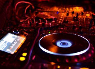 DJ Decks CDJs Livestream