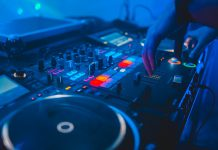 DJ Decks CDJs Livestreams coronavirus livestream