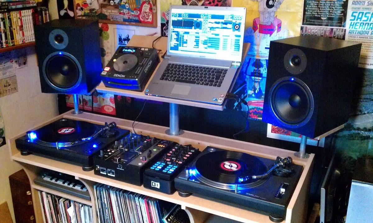 Home DJ Setup Livestream